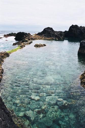 Las piscinas naturales de garachico gema campos flickr for Piscinas naturales