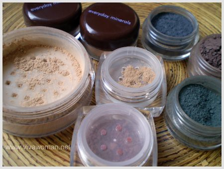 Mineral makeup samples | by mycasserole