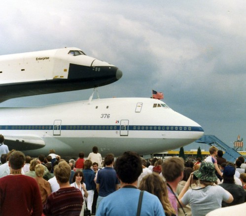 space shuttle landing at stansted - photo #20