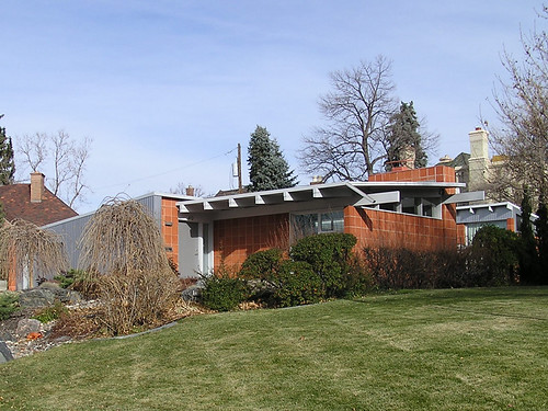 Modern homes in hilltop denver colorado hilltop is one for Mid century modern homes denver