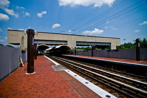 Cheverly - Metro Station - 6-21-08 | by mosley.brian