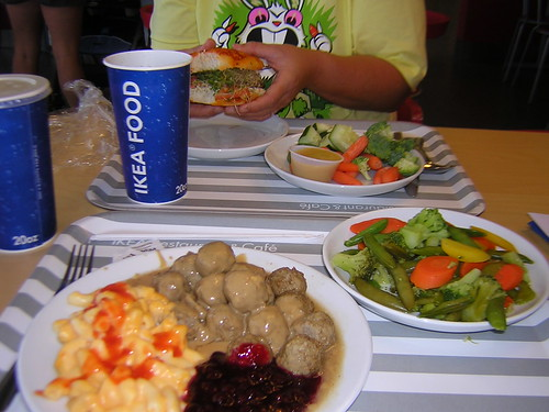 ikea food me 15 meatball special with mac n cheese ligo flickr. Black Bedroom Furniture Sets. Home Design Ideas