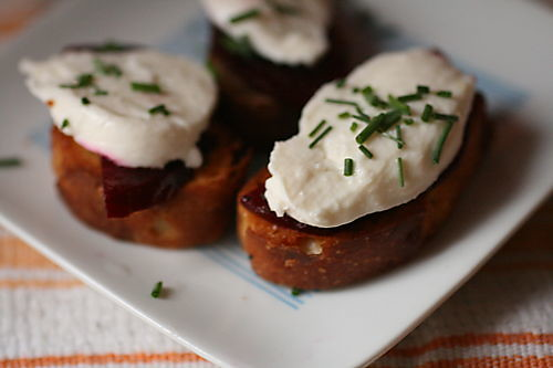Beet-and-Burrata Crostini | by thebittenword.com