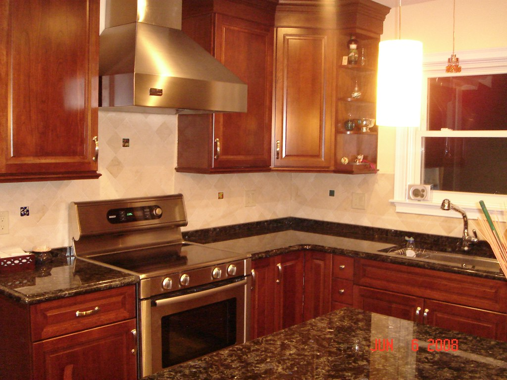 Accent Tiles For Kitchen Kitchen Backsplash With Uneek Glass Fusions Accent Tiles Flickr