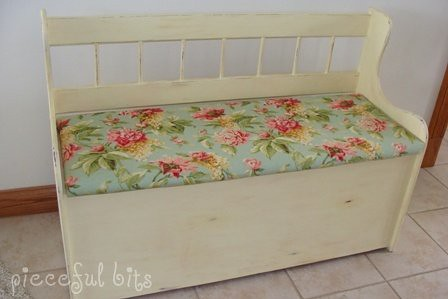 ... First Makeover Project Shabby Chic Bench | By Skybluecrayons