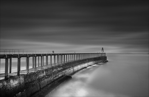 Whitby Pier Mono | by digitalpoet1