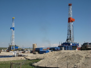 Drilling for gas near Pinedale, WY | by World Resources
