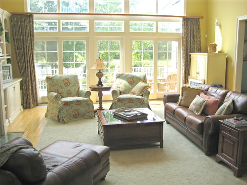 Family Friendly Great Room | Slipcovered club chairs in ...