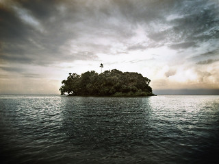 Treasure Island / The Island / L'île Perdue | by Aaron Escobar