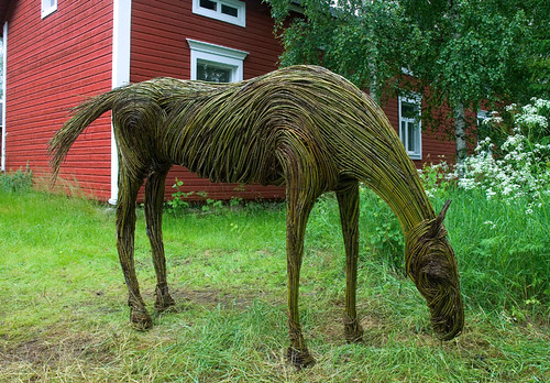 willow horse | by Henri Bonell