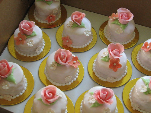 Mini Flower Cakes | by Whipped Bakeshop