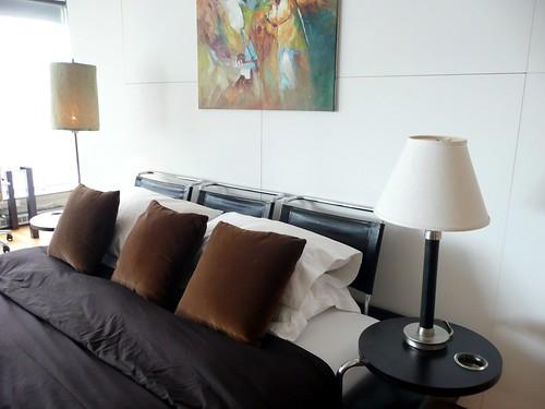 hiloft montreal bedroom tete de lit toby simkin flickr. Black Bedroom Furniture Sets. Home Design Ideas