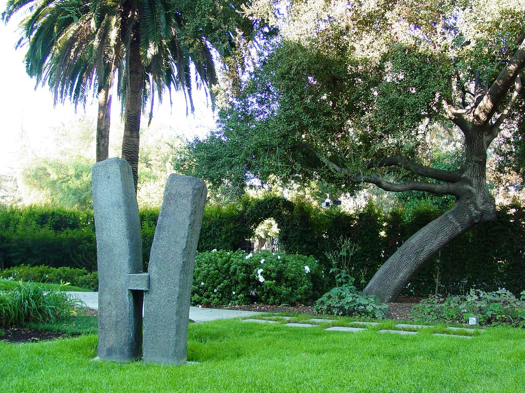 ... Seaver House Sculpture Garden Pomona College Claremont, California | By  Saimo_mx70