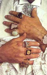 Liberace 39 s hands and famous jewelry listen to the feast for Jewelry jobs las vegas