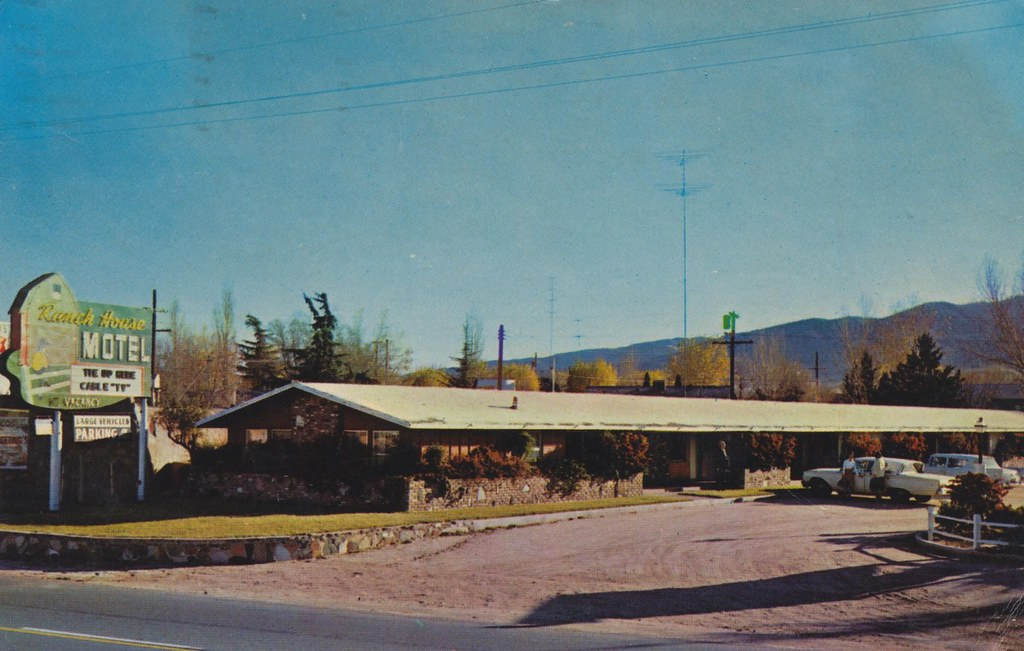 Ranch House Motel - Tehachapi, California