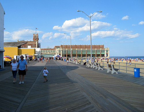 Asbury Park Boardwalk | by Tainanian