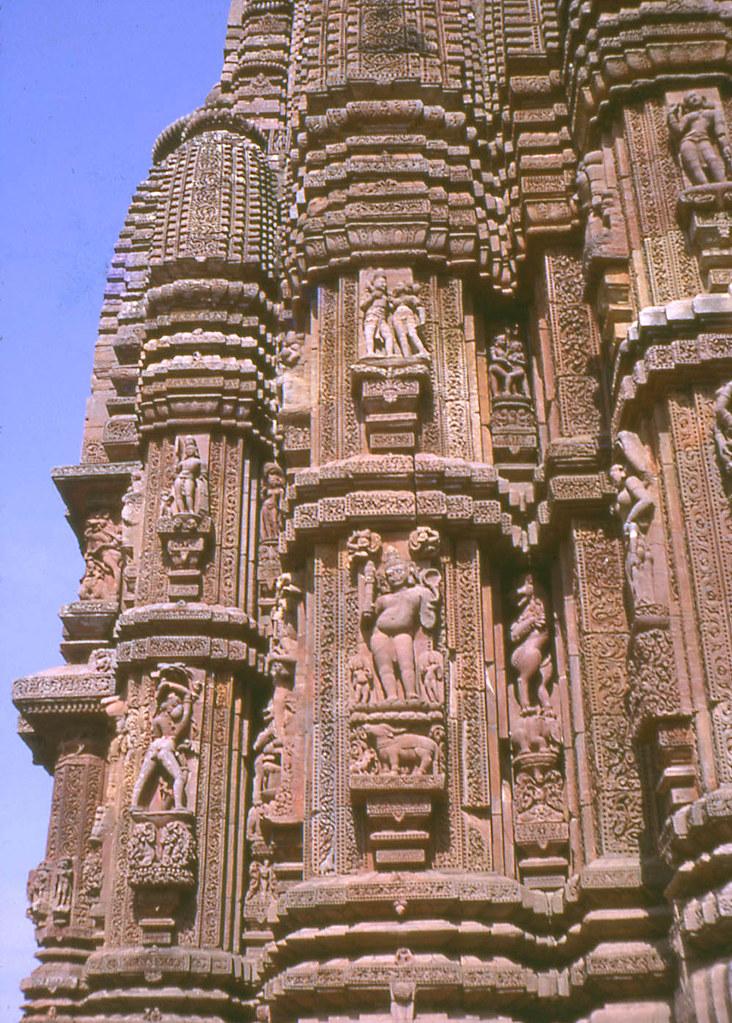Sculptures, Rajarani Temple, Bhubaneswar, Orissa, India, 1… | Flickr