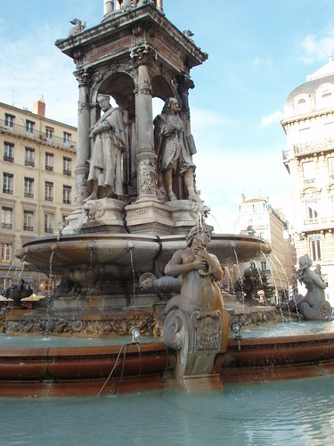 Fontaine des Jacobins | by sylaf