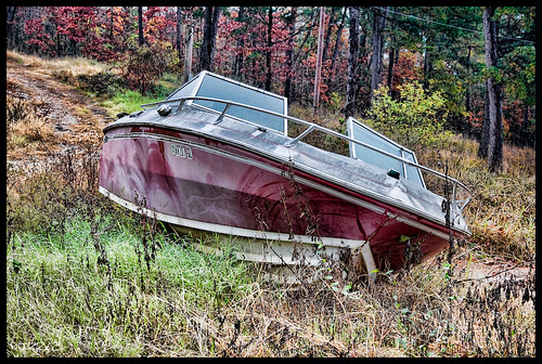 Abandoned Boat | by phiZzL3