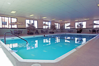 Chicago Hotel Swim In Our Beautiful Indoor Pool Enjoy A N Flickr