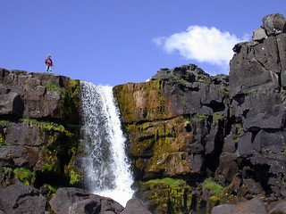 Waterfall at Thingvellir | by Martin Ystenes - hei.cc