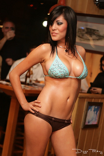 Hooters sacramento bikini contest 2008