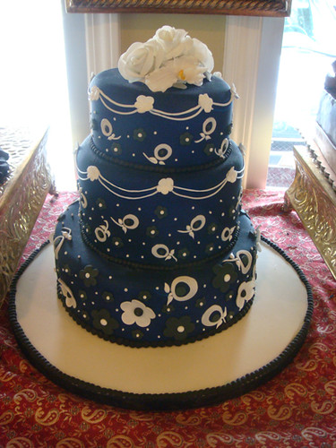 midnight blue and gold wedding cake midnight blue wedding cake three tiered wedding cake 17361