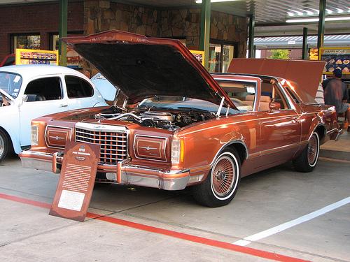 1978 ford thunderbird diamond jubilee edition   item 6689  .