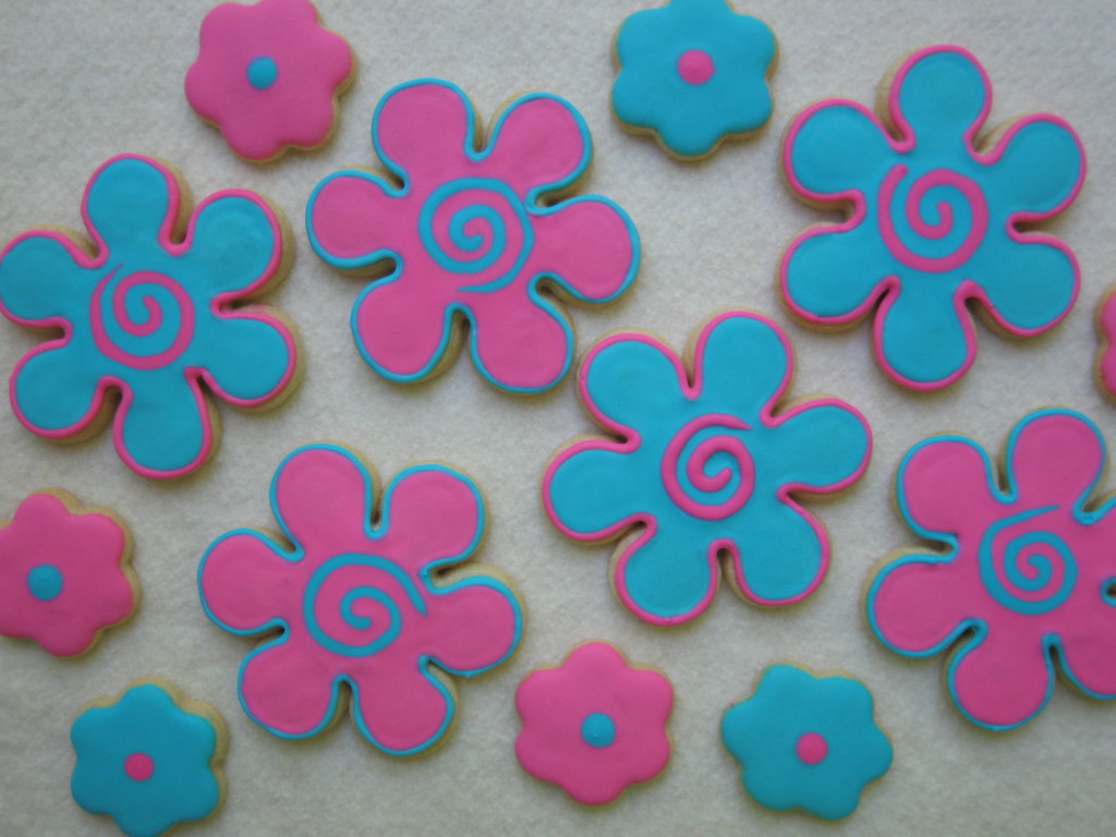 Groovy Flower Cookies These Are Bright Pink And Blue Sugar Flickr