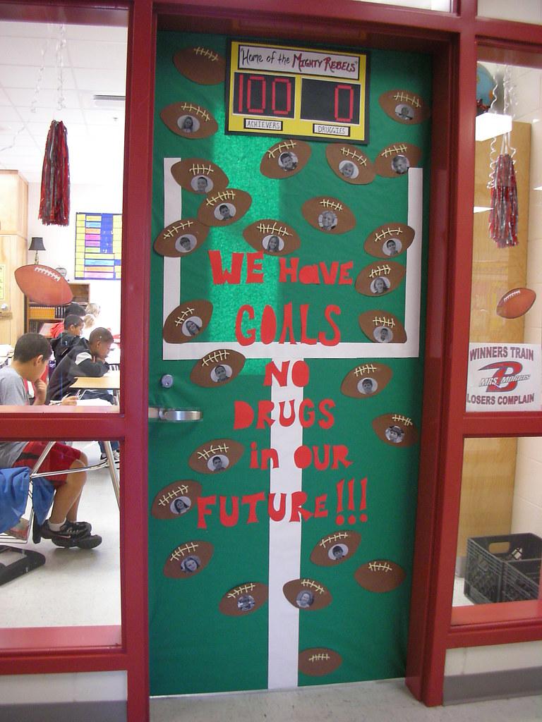 Door Decorations For Red Ribbon Week We Have Goals No Dru Flickr