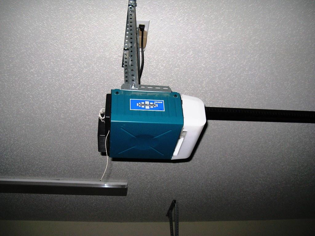 Moore O Matic Automatic Garage Door Opener Suz2337 Flickr