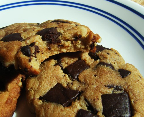 Dairy-Free-Chocolate-Chip-Cookies | by HealthyIndulgencesBlog