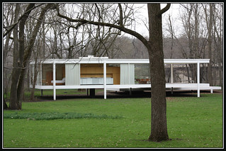 Farnsworth House | by tinyfroglet