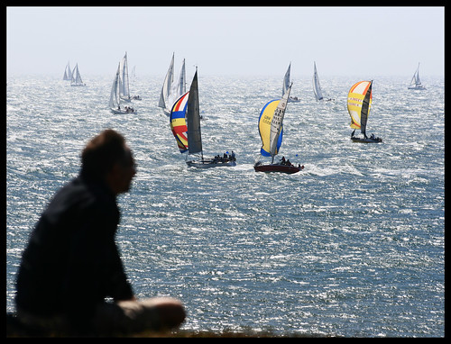 Round the Island Race 2008. Watching the boats go by | by s0ulsurfing