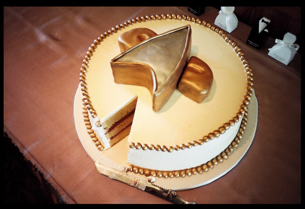 Star Trek Wedding Cake | I can\'t believe how delicious that … | Flickr