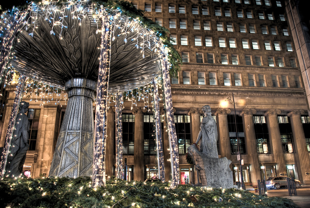 Chicago Christmas lights on Chicago Board of Trade Plaza | Flickr