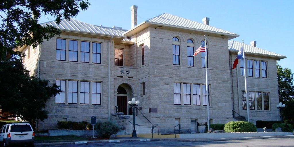 Boerne city hall