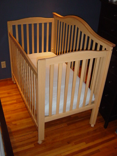 Delta 5 In 1 Crib Amp Bed With Simmons Beautyrest Mattress