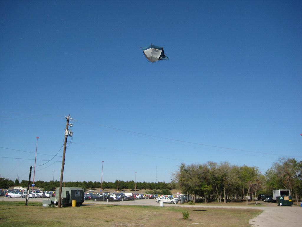 flying tent | by fdrizo flying tent | by fdrizo & flying tent | The star-crossed flying tent. | Fernando Rizo | Flickr