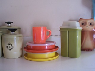 Vintage Tupperware Free Kitchen Utensil Set