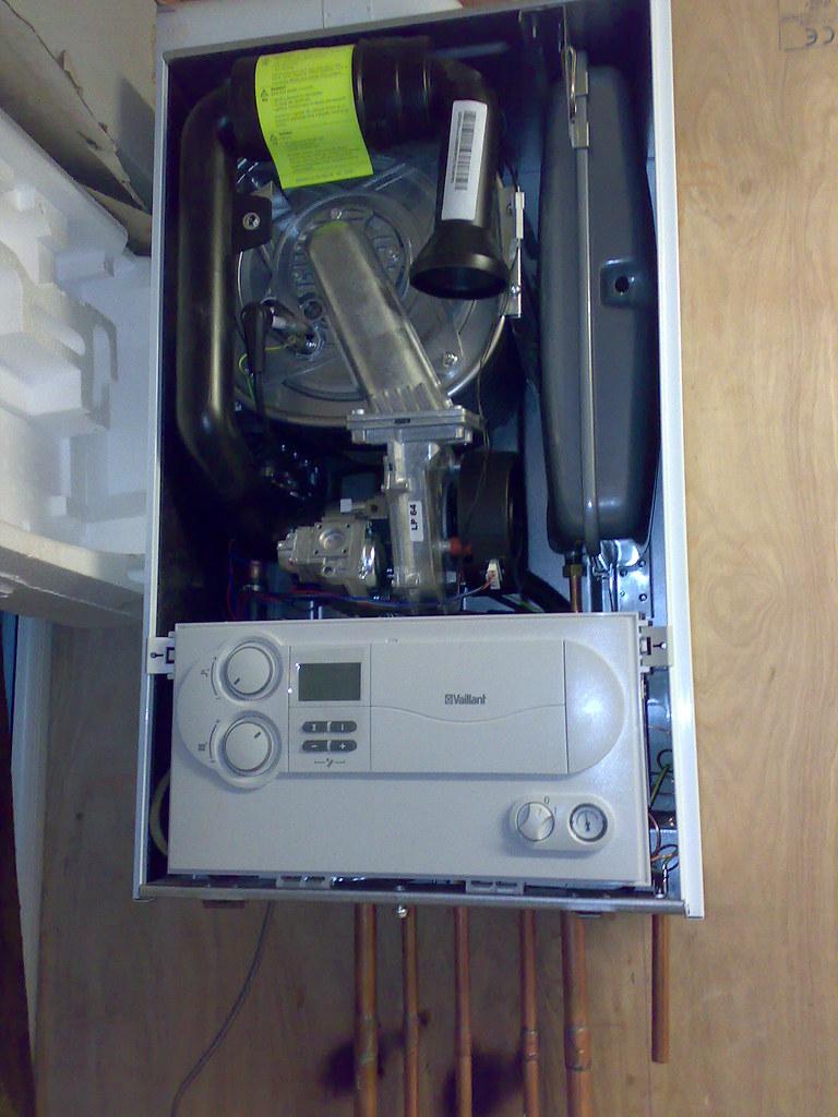 ... Valliant EcoTec Plus 831 High Efficiency Condensing Combi Boiler | by  j0hncooke