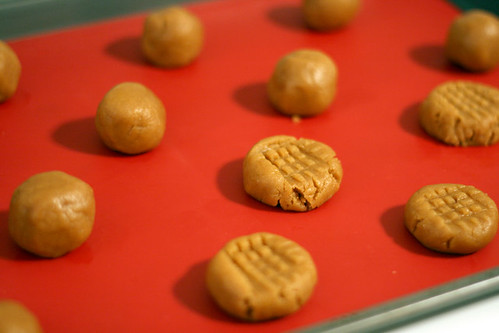Peanut Butter Cookies | by Bakerella