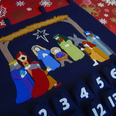 Nativity Felt Advent Calendar | by www.rachaelrabbit.blogspot.com