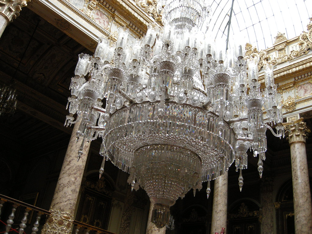 Baccarat chandelier in dolmabahce palace darren wickham ph flickr baccarat chandelier in dolmabahce palace by rougetete arubaitofo Image collections