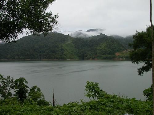 Belum Rainforest Resort Villa