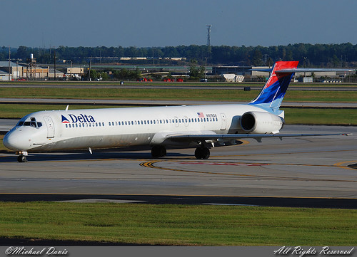 Delta Air Lines McDonnell Douglas MD-90-30 (N909DA) | by Michael Davis Photography
