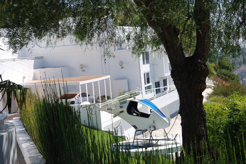 ... John Travolta House In LA | By KolNedra