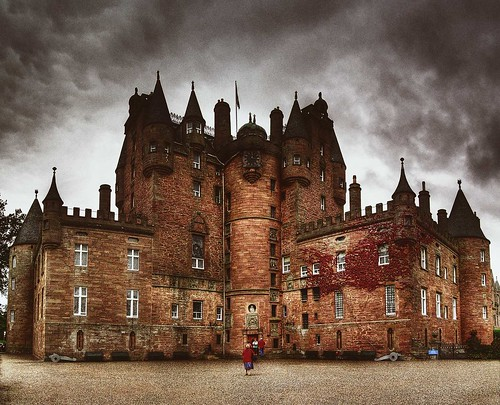 Glamis Castle | by p.pacitti