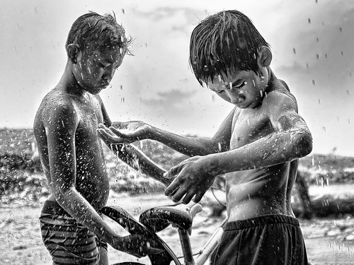 Steung Meanchey, Phnom Penh - Day 1's downpour! (con't) | by Mio Cade