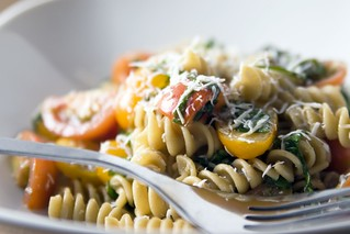 Pasta With Cherry Tomatoes and Arugula | by Pabo76